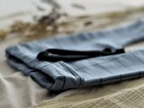 Blauw broekje met raster maat 56